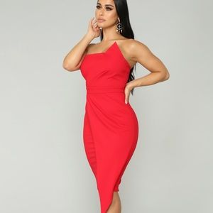 Red bodycon dress never been worn